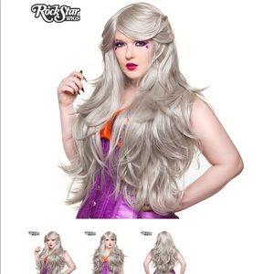 """Other - Rockstar Wig Hologram 32"""" - Silver Blonde"""